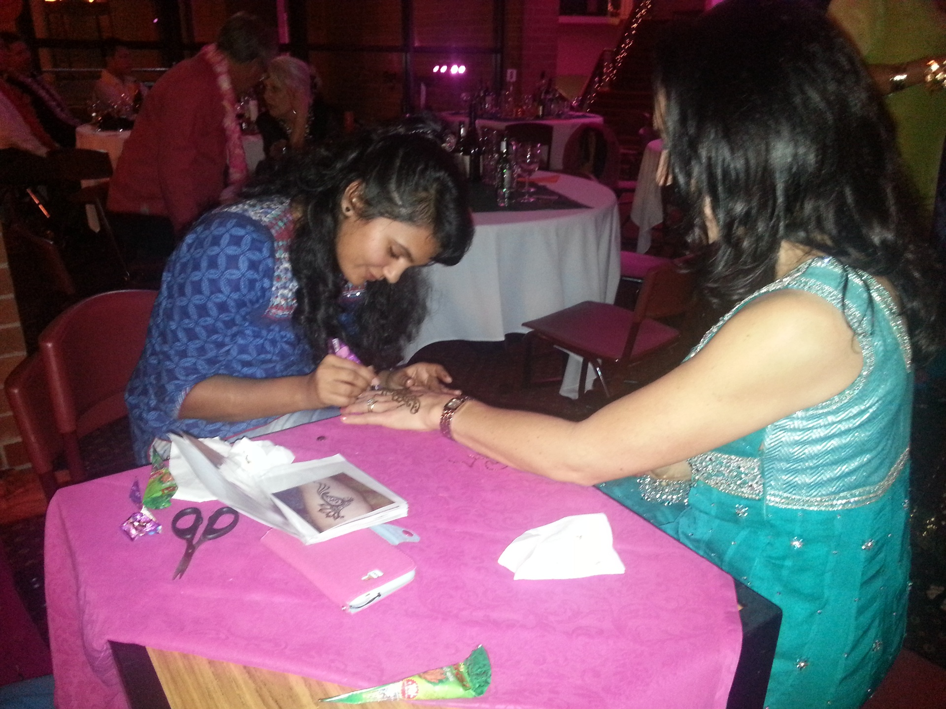Busy Heena Tattoo Artist at Bollywood Party